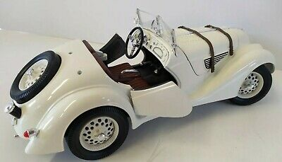 1940 Bmw 328 Scale 1/18 Collecter Car!