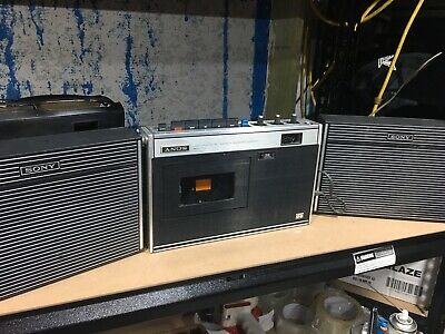 Sony Tape Recorder TC-126 With Speakers And Carry Case