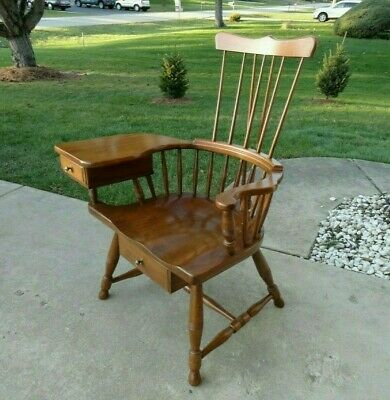 Rare Pennsylvania House Comb Back Windsor Chair with Writing Arm #965-1711