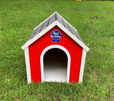 Pabst Blue Ribbon Small Dog House (Indoors)