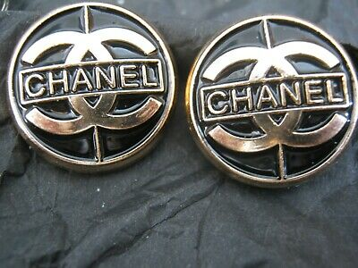 CHANEL  2 CC  LOGO BLACK, MATTE GOLD  18mm BUTTON THIS IS FOR TWO