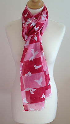 Red And Pink Scarf With Abstract Print In 100% Cotton By Juniper