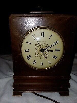 "VNTG GENERAL ELECTRIC Mantel CLOCK - STRIKE- Model 6B20 ""Ridgefield"""