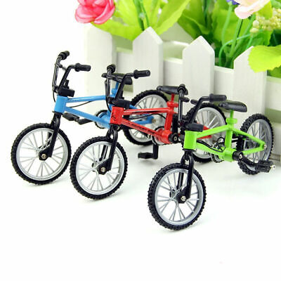 Red Mini Bicycle Bike 1/12 Dollhouse Miniature High Quality Decors W9A8 Toy E0V8