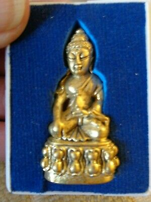 Old Thai  Gilt Kring Throned  Buddha  Amulet Charm  Temple  Figure