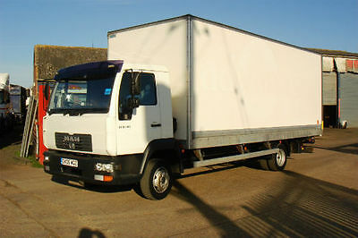 2005 MAN LE180 20ft BOX VAN WITH ALLOY TAILIFT