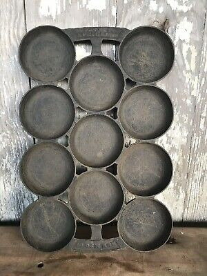 Antique Gem Pan Cast Iron Signed R & E #2  Patent 4-05-1859 11 Round Cups Rustic