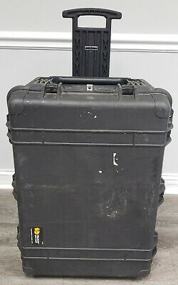 Pelican 1660 Equipment Case with Foam Inserts