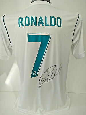 quality design ef6b4 8b59b 2018 CRISTIANO RONALDO Signed Real Madrid Jersey with COA.