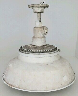 Vintage Benjamin Porcelain Enamel Industrial Explosion Proof Factory Farm Light