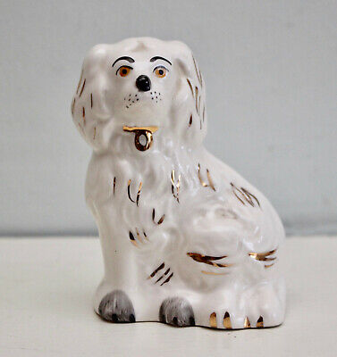 A Charming Beswick Staffordshire Ceramic King Charles Spaniel, 3.5 inches Tall