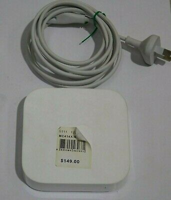 Apple MC414X/A AirPort Express Router