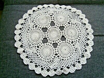 "VINTAGE WHITE COTTON HAND WORKED CROCHET LACE LARGE TABLE MAT/DOILY~15"" diam."