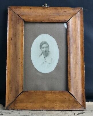 Antique Birds eye Maple frame and photograph of a young girl, Edwardian