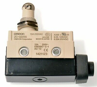 Omron ZC-Q2255 Miniature Enclosed Limit Switch, Panel Mount Roller Plunger