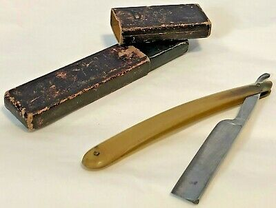 "Wade Butcher Straight Razor, w/box. Sheffield England Blade 2 3/4"" Nice, no rust"