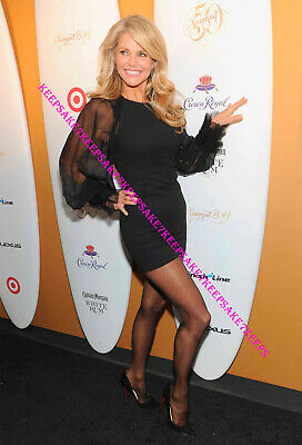 Christie Brinkley In A Short Dress And Nylons Leggy Photo #2 A-Cbr5