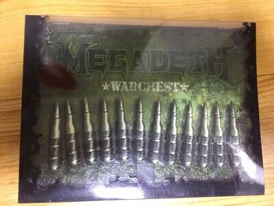 Megadeth Warchest, almost perfect condition 4 CD 1 DVD