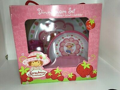 Strawberry Shortcake Toddler Dinnerware Plate Cup 3pc Set from 2003
