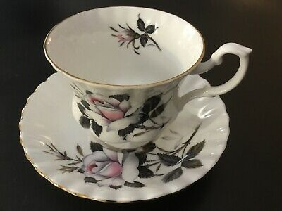 Royal Albert Queens Messenger Footed Cup Saucer Set~White Pink Rose~England