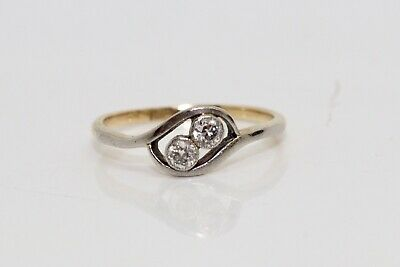 A Pretty Antique Art Deco 18ct Gold & Plat 0.15ct Diamond Two Stone Ring #13960