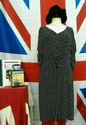 Retro Vintage 1940`s wartime style Land girl polka dot tea dress size 12