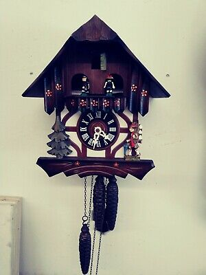 1 Day German Chalet Style Musical Cuckoo Clock For Restoration Or Parts