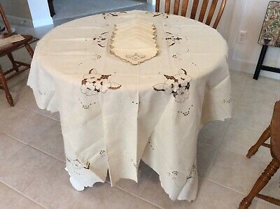 Vintage Madeira (?) Linen Cutout Design Tablecloth & Eight Napkins