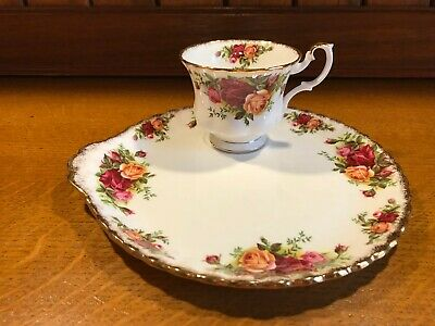 "Vintage Royal Albert ""Old Country Roses"" Bone China Tennis Set Large Plate & Cup"