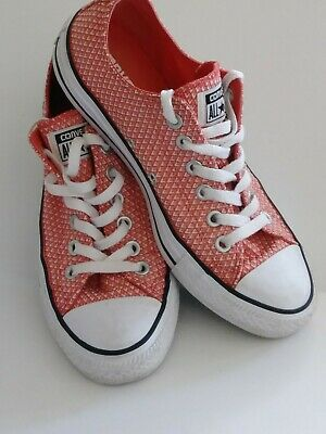 Converse All Star Women Sz 7 Coral/White Point Pattern Great Condition #555855F