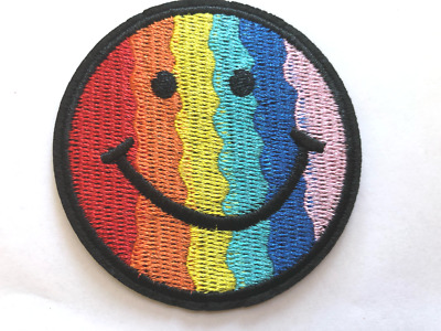 Iron On Patch Rainbow Peace Smiley Face 4cm X 4cm Sew Applique Embroidered E2