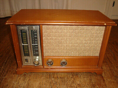 Great Working 1960's ZENITH X334 AM/FM TUBE TABLE RADIO Fully Tested VERY NICE