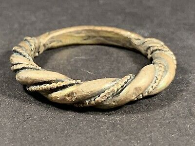Rare Ancient Viking Norse Solid Silver Twist Ring W/ Dot Detail Circa. 800-900Ad