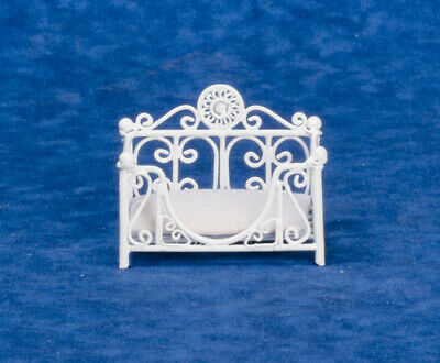 DOLLHOUSE MINIATURE COLLECTIBLE White Wire Cat Dog Pet Bed Pet Store