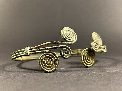 Very Rare And Beautiful Ancient Celtic Bronze Spiral Arm Band Circa 900-600Bce
