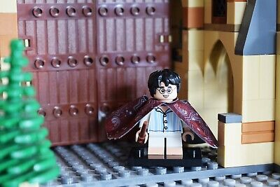 Lego Mini figure Series Harry potter Invisible Cape, Mint condition complete