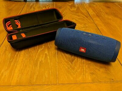 JBL Charge 3 Blue (JBLCHARGE3BLUEAM) Portable Speaker System with carry case