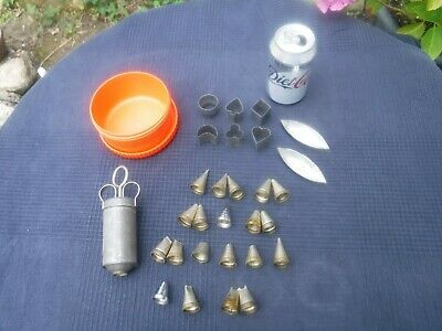 Vintage Tala Icing Set with 20 Nozzles & Set of 6 Small Pastry Cutters