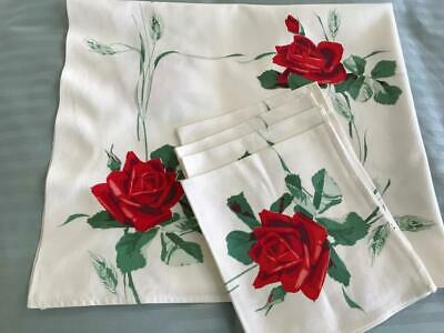 """Vintage Tablecloth Plus 4 Napkins ~ 36"""" x 31"""" ~ Red Roses ~ Green Leaves"""