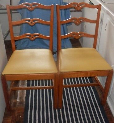 Rare Carved Antique Set Of Two Thonet Bentwood Dining Chairs Usa Park Ave