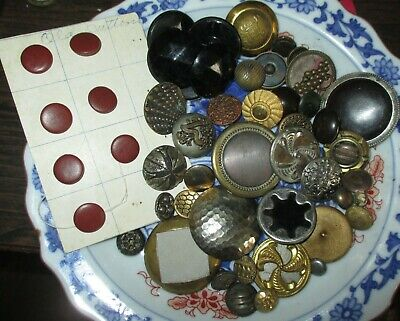 Assorted Mixed Lot Antique Victorian & Art Nouveau Era Metal Buttons