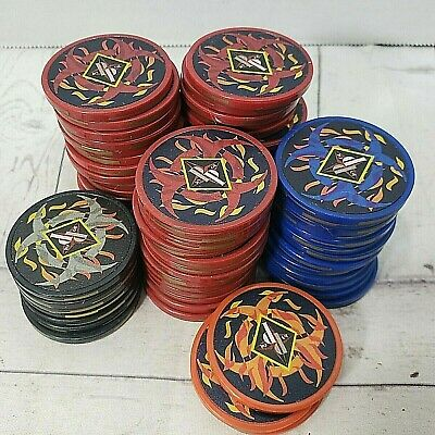 VTG 68 pcs PP Casino Red~Blue~Black~Oranje Poker Chips Las Vegas Style