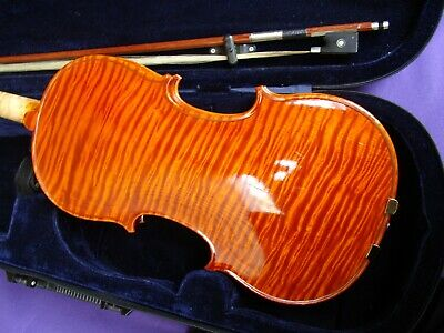 Violin 4/4 with Bow and Case Full Size  Unknown Brand   Bow needs Re-stringing