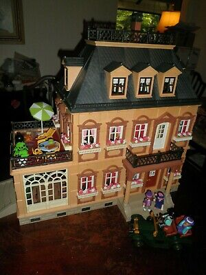 Playmobil 5300 Victorian MANSION 5620 Model-T Ms. Molly huge set