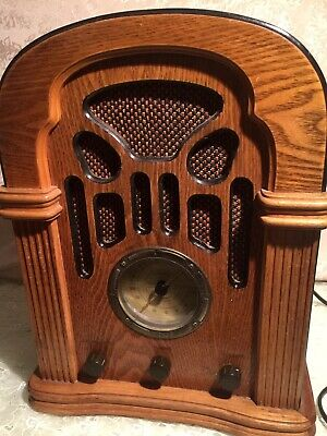 Vintage Style Reproduction Wooden Radio