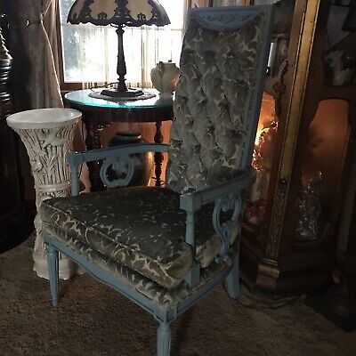 Vintage Hollywood Regency French Louis XVI Style Arm Chair