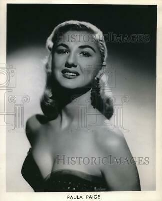 1958 Press Photo The Beautiful Face of Entertainer Paula Paige
