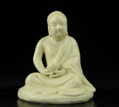 chinese old Dehua white porcelain carved sit quietly arhat Buddha statue b02