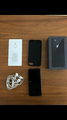 Iphone 8 64GB unlock. Very good condition. Doesn't work on the french territory.
