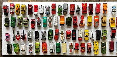 Vintage Matchbox / Hot Wheels / Lesney die cast toy car lot with cases - 71 cars